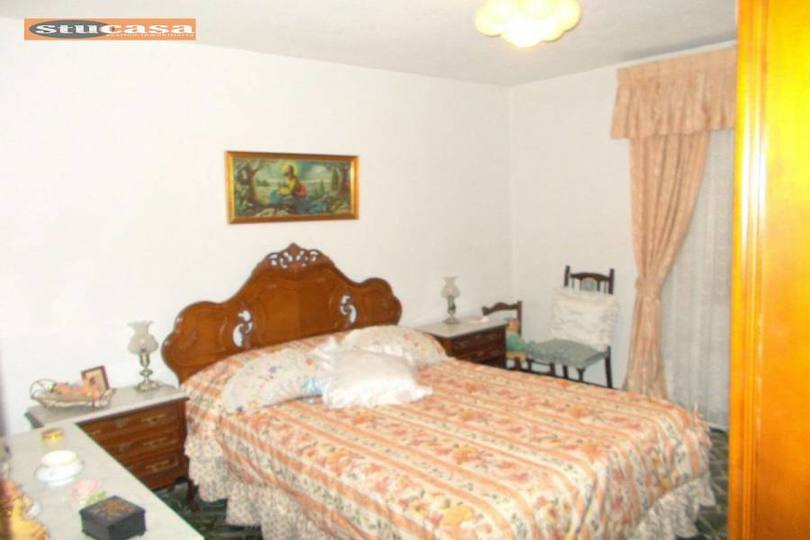 Alicante,Alicante,España,3 Bedrooms Bedrooms,1 BañoBathrooms,Pisos,11616