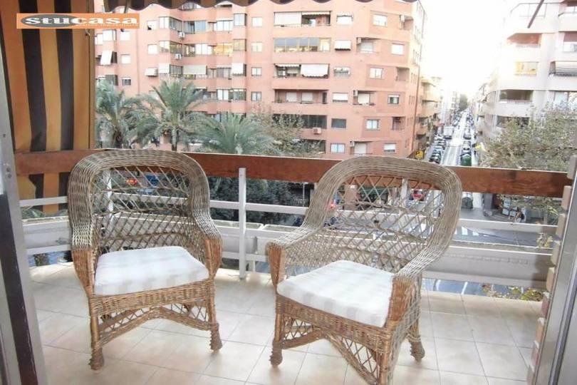 Alicante,Alicante,España,3 Bedrooms Bedrooms,2 BathroomsBathrooms,Pisos,11647