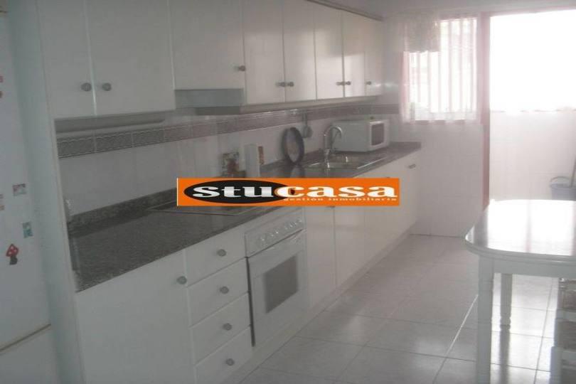 San Juan,Alicante,España,4 Bedrooms Bedrooms,2 BathroomsBathrooms,Pisos,11663