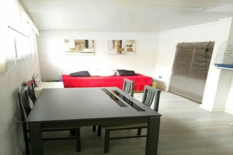 Alicante,Alicante,España,2 Bedrooms Bedrooms,1 BañoBathrooms,Pisos,11744