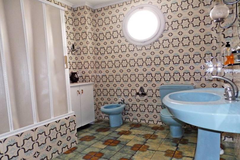 Elche,Alicante,España,5 Bedrooms Bedrooms,2 BathroomsBathrooms,Pisos,11813
