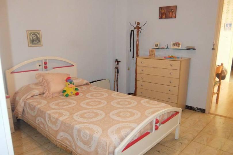 Elche,Alicante,España,3 Bedrooms Bedrooms,1 BañoBathrooms,Pisos,11814