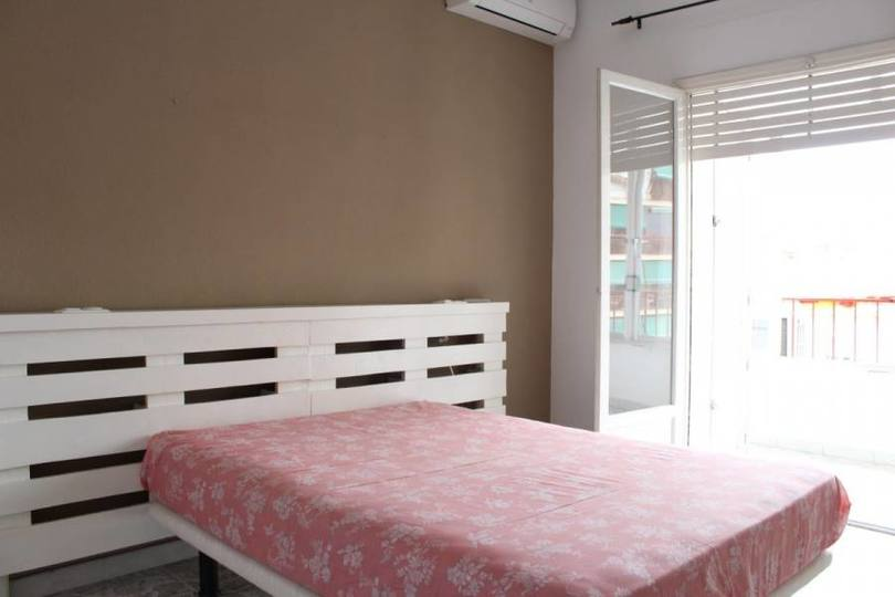 Alicante,Alicante,España,3 Bedrooms Bedrooms,1 BañoBathrooms,Pisos,11851