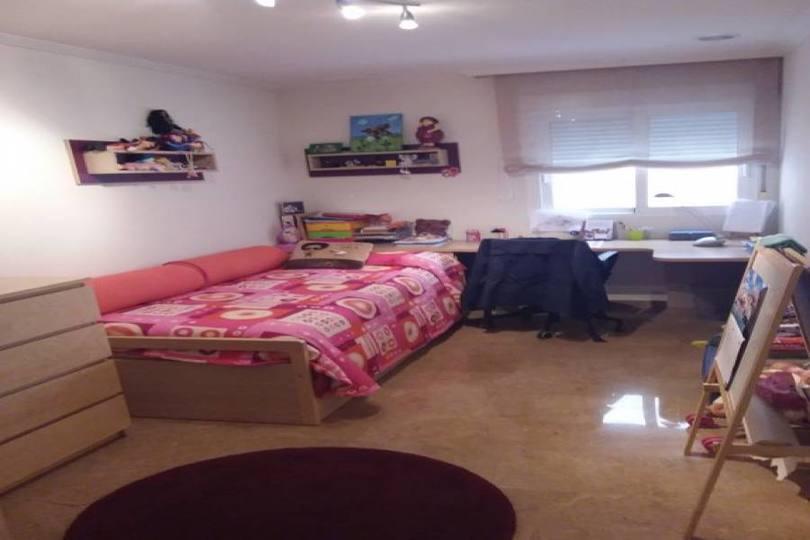 Elche,Alicante,España,4 Bedrooms Bedrooms,2 BathroomsBathrooms,Pisos,11897
