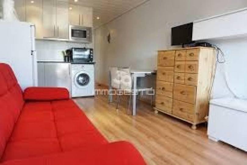Elche,Alicante,España,1 Dormitorio Bedrooms,1 BañoBathrooms,Pisos,11901