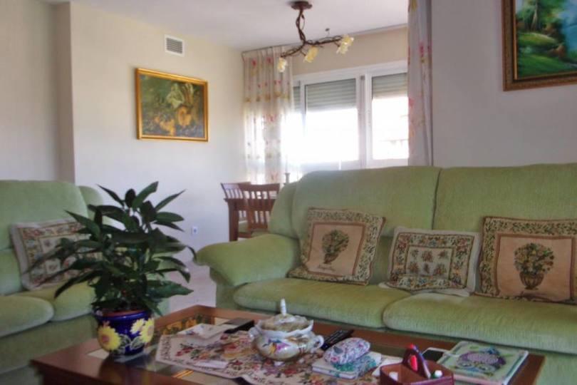 Alicante,Alicante,España,3 Bedrooms Bedrooms,2 BathroomsBathrooms,Pisos,11948