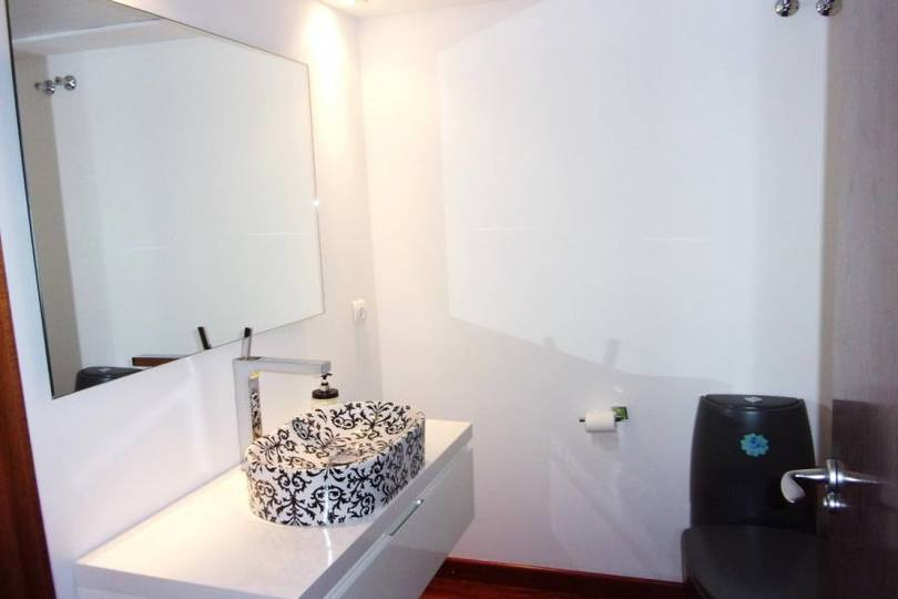 Alicante,Alicante,España,3 Bedrooms Bedrooms,3 BathroomsBathrooms,Pisos,11950