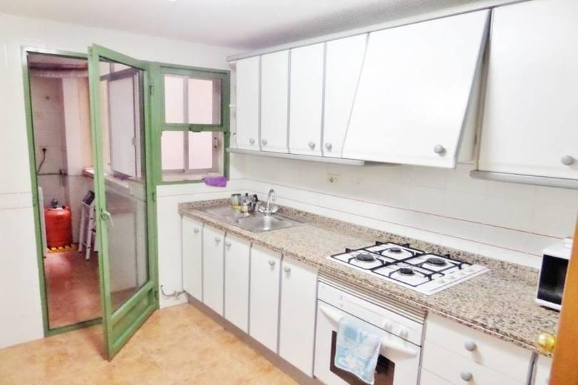 Alicante,Alicante,España,3 Bedrooms Bedrooms,2 BathroomsBathrooms,Pisos,11958
