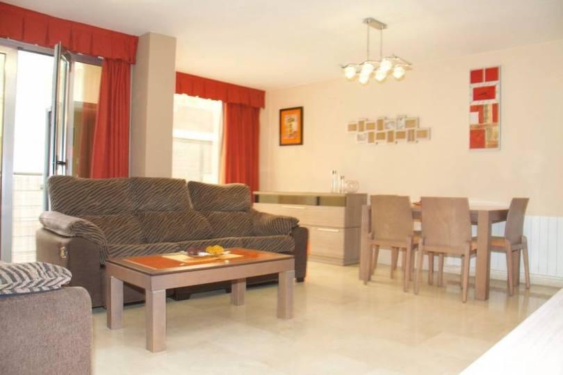 Alicante,Alicante,España,3 Bedrooms Bedrooms,2 BathroomsBathrooms,Pisos,11967