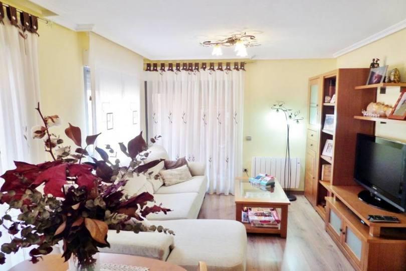 San Vicente del Raspeig,Alicante,España,3 Bedrooms Bedrooms,2 BathroomsBathrooms,Pisos,11970