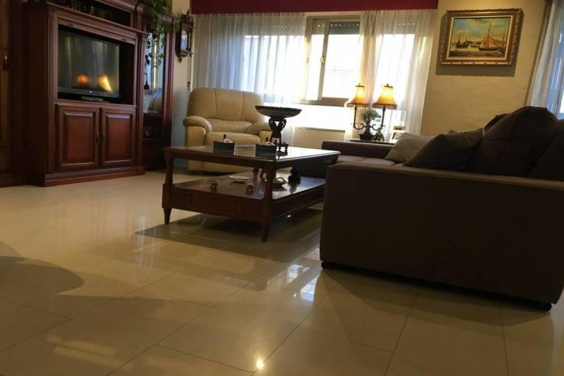 Elche,Alicante,España,3 Bedrooms Bedrooms,2 BathroomsBathrooms,Pisos,12035