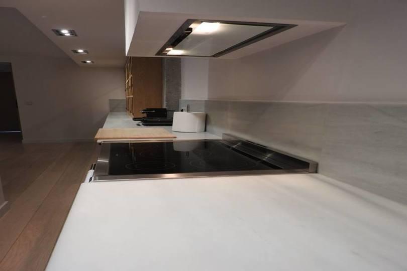 Alicante,Alicante,España,4 Bedrooms Bedrooms,2 BathroomsBathrooms,Pisos,12041
