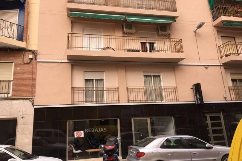 Elche,Alicante,España,4 Bedrooms Bedrooms,1 BañoBathrooms,Pisos,12042