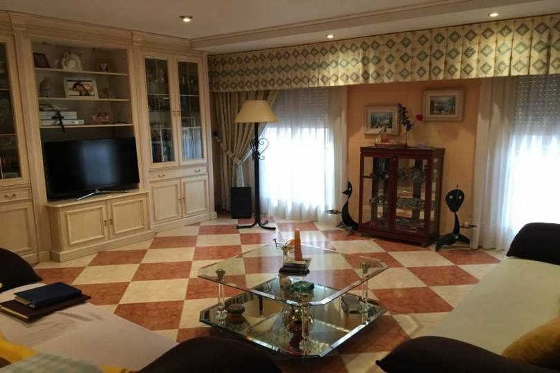 Elche,Alicante,España,4 Bedrooms Bedrooms,2 BathroomsBathrooms,Pisos,12046