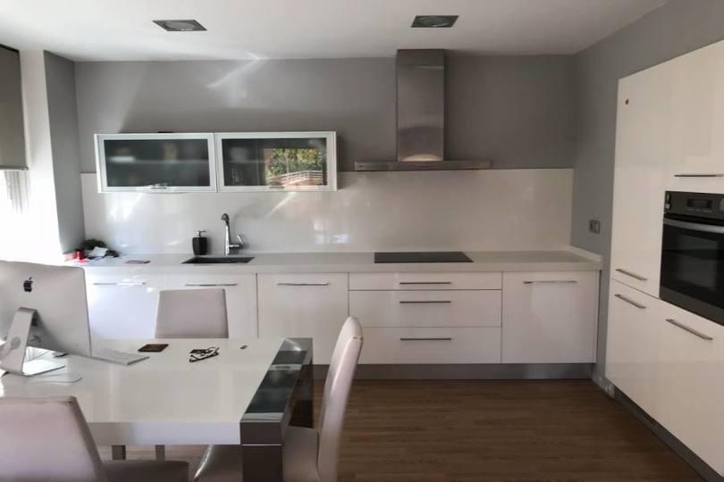 Elche,Alicante,España,3 Bedrooms Bedrooms,2 BathroomsBathrooms,Pisos,12064