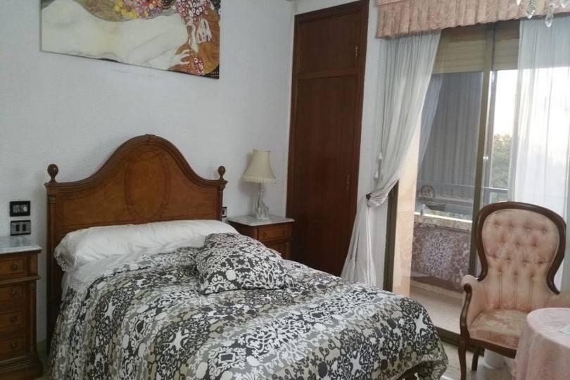 Elche,Alicante,España,5 Bedrooms Bedrooms,3 BathroomsBathrooms,Pisos,12066