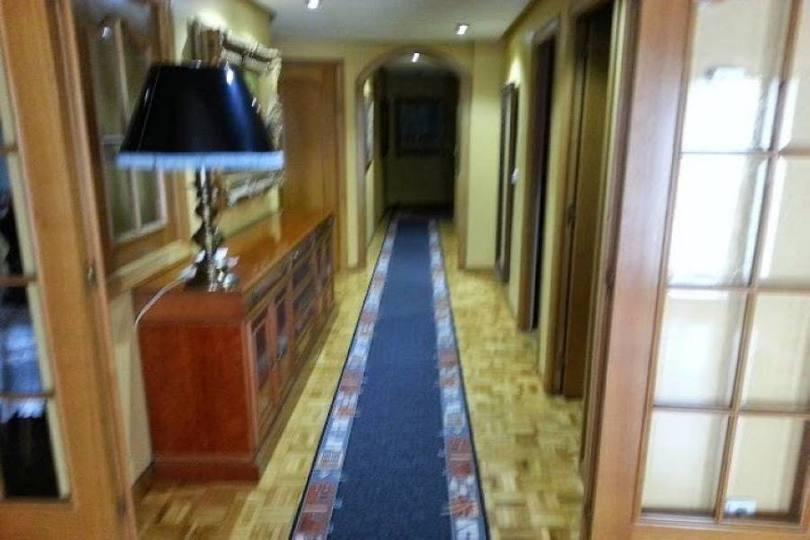 Elche,Alicante,España,5 Bedrooms Bedrooms,2 BathroomsBathrooms,Pisos,12068