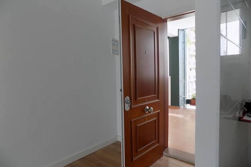 Benidorm,Alicante,España,2 Bedrooms Bedrooms,1 BañoBathrooms,Pisos,12105