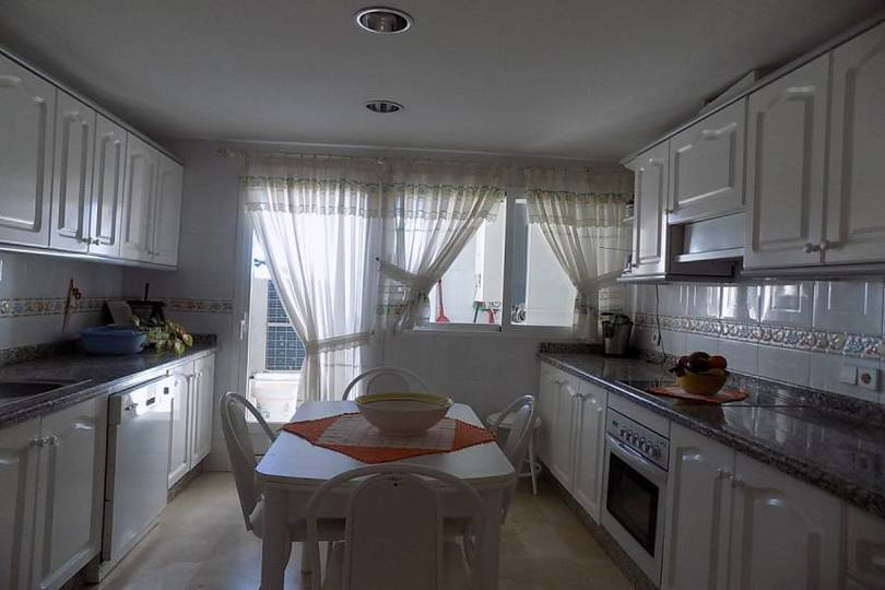 Benidorm,Alicante,España,4 Bedrooms Bedrooms,3 BathroomsBathrooms,Pisos,12108