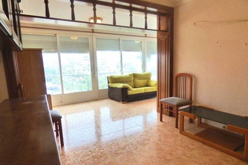 Alicante,Alicante,España,3 Bedrooms Bedrooms,1 BañoBathrooms,Pisos,12158