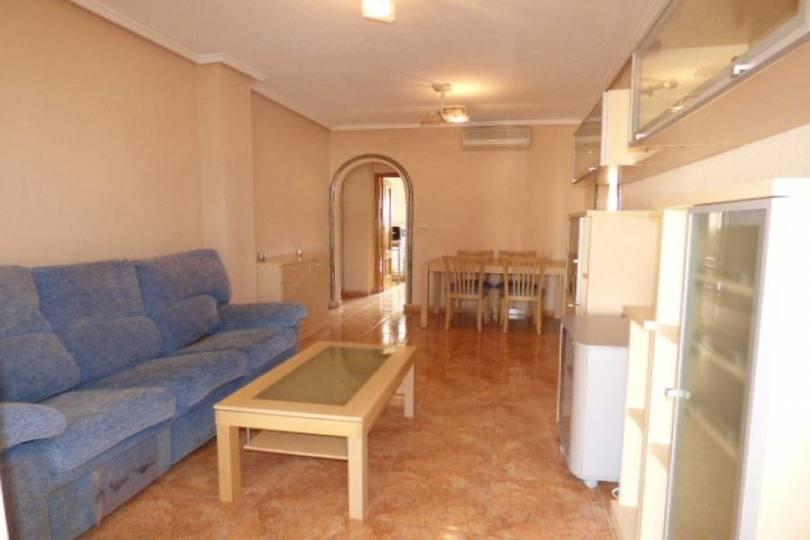 Alicante,Alicante,España,3 Bedrooms Bedrooms,2 BathroomsBathrooms,Pisos,12165