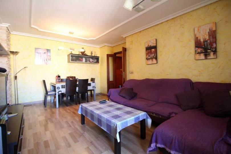 Alicante,Alicante,España,3 Bedrooms Bedrooms,2 BathroomsBathrooms,Pisos,12172