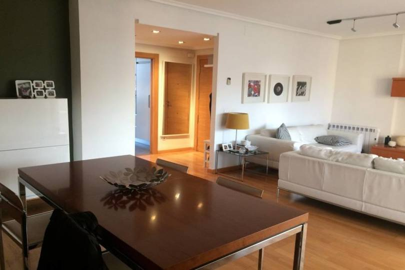 Alicante,Alicante,España,3 Bedrooms Bedrooms,2 BathroomsBathrooms,Pisos,12173