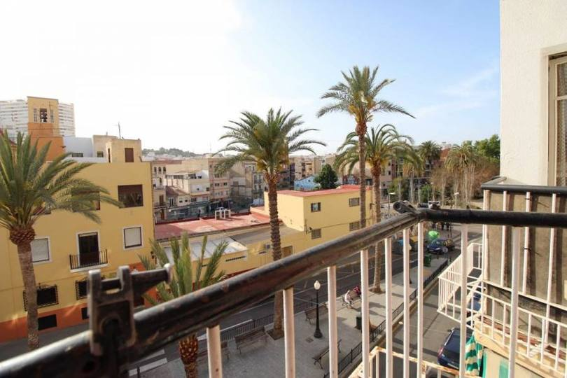 Alicante,Alicante,España,3 Bedrooms Bedrooms,1 BañoBathrooms,Pisos,12180