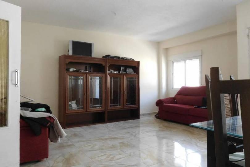 Alicante,Alicante,España,3 Bedrooms Bedrooms,2 BathroomsBathrooms,Pisos,12194