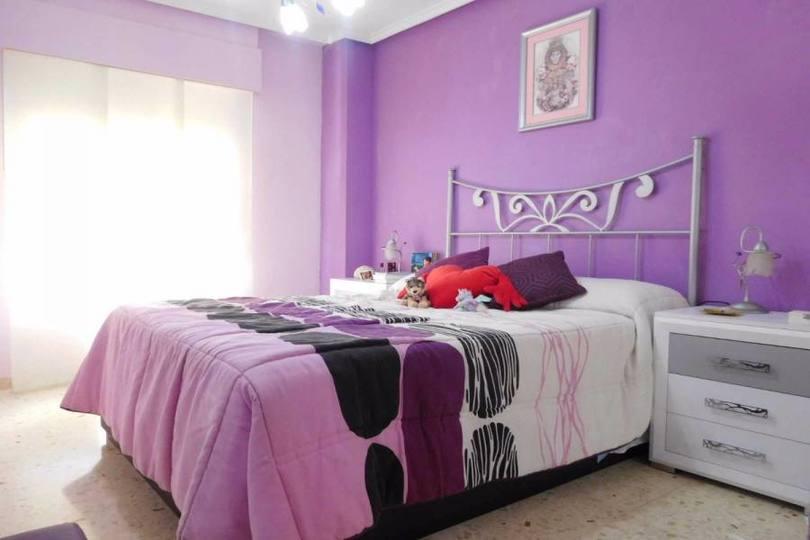 Alicante,Alicante,España,3 Bedrooms Bedrooms,1 BañoBathrooms,Pisos,12195