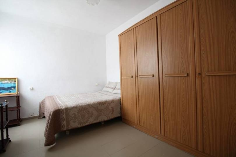 Alicante,Alicante,España,3 Bedrooms Bedrooms,1 BañoBathrooms,Pisos,12196