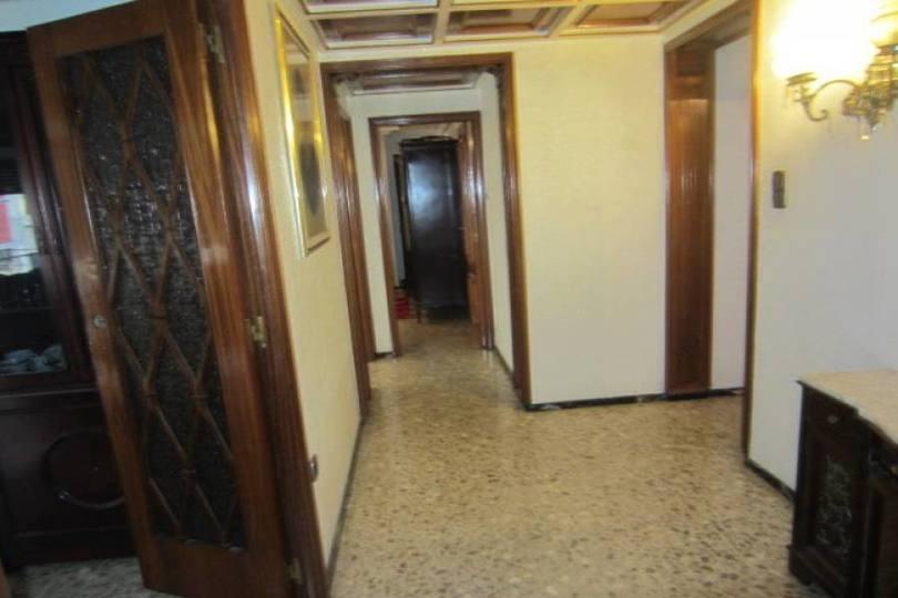 Elche,Alicante,España,5 Bedrooms Bedrooms,2 BathroomsBathrooms,Pisos,12290