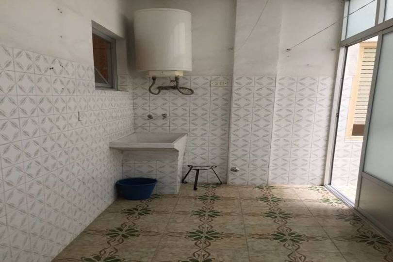 Elche,Alicante,España,3 Bedrooms Bedrooms,1 BañoBathrooms,Pisos,12302