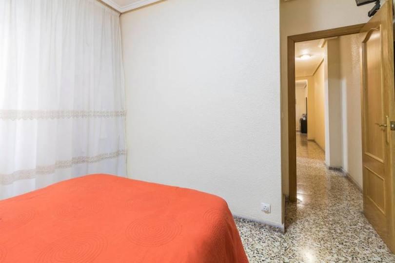 Elche,Alicante,España,3 Bedrooms Bedrooms,1 BañoBathrooms,Pisos,12315