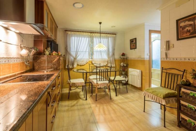 Elche,Alicante,España,3 Bedrooms Bedrooms,2 BathroomsBathrooms,Pisos,12323