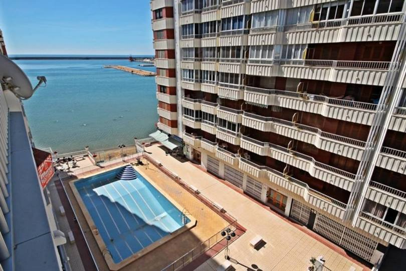 Torrevieja,Alicante,España,3 Bedrooms Bedrooms,2 BathroomsBathrooms,Pisos,12374
