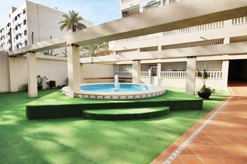 Torrevieja,Alicante,España,4 Bedrooms Bedrooms,2 BathroomsBathrooms,Pisos,12382