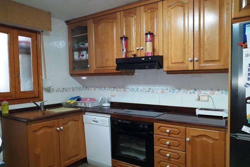 Villena,Alicante,España,4 Bedrooms Bedrooms,2 BathroomsBathrooms,Pisos,12412