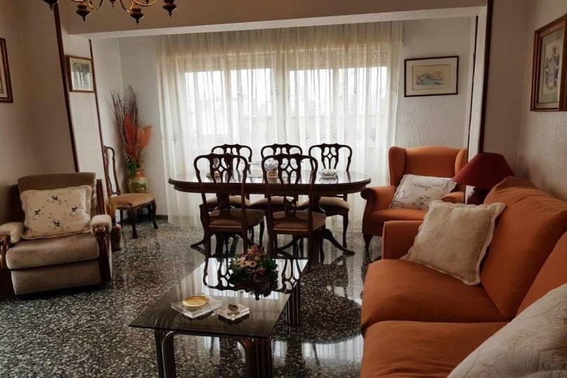 Villena,Alicante,España,4 Bedrooms Bedrooms,1 BañoBathrooms,Pisos,12416