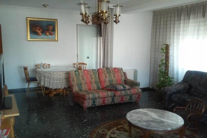 Villena,Alicante,España,4 Bedrooms Bedrooms,2 BathroomsBathrooms,Pisos,12440