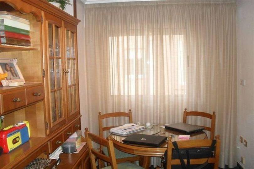 Villena,Alicante,España,5 Bedrooms Bedrooms,2 BathroomsBathrooms,Pisos,12464
