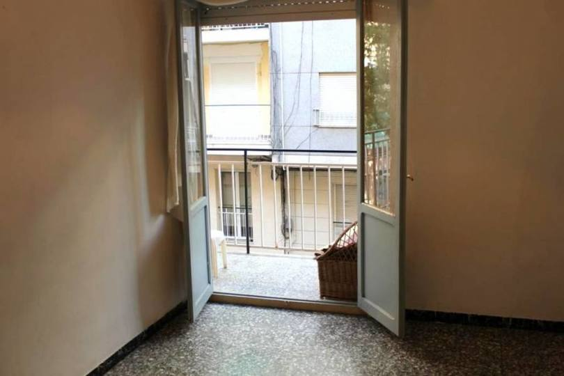 Elche,Alicante,España,4 Bedrooms Bedrooms,1 BañoBathrooms,Pisos,12482