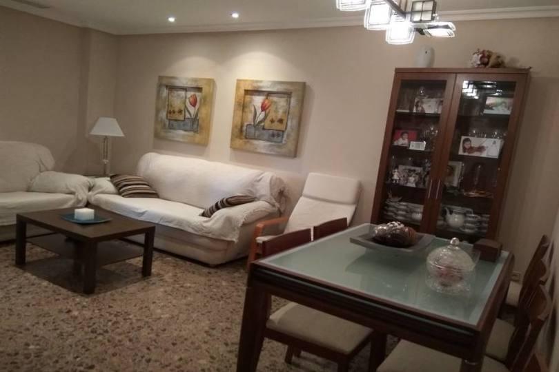 Elche,Alicante,España,3 Bedrooms Bedrooms,2 BathroomsBathrooms,Pisos,12505