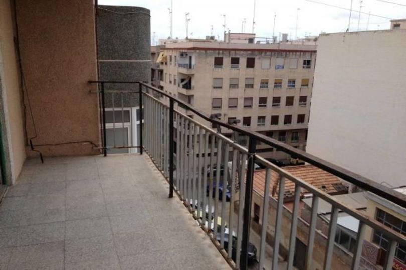 Elche,Alicante,España,3 Bedrooms Bedrooms,1 BañoBathrooms,Pisos,12510