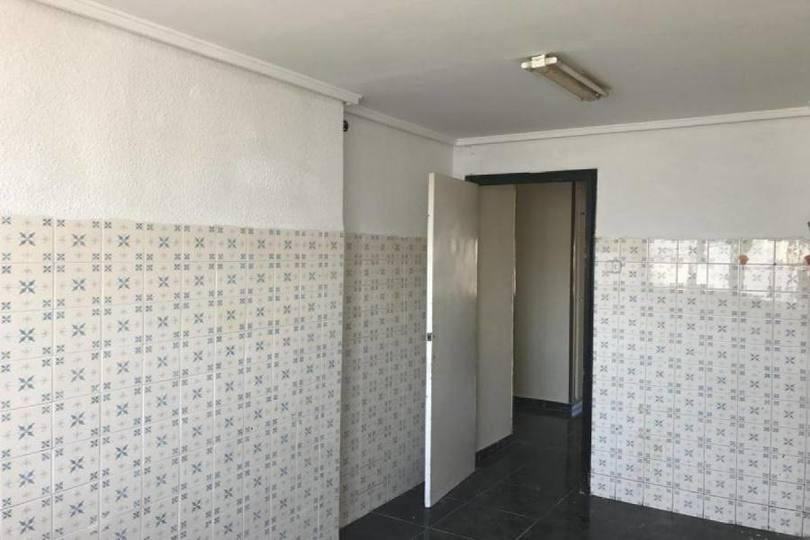 Elche,Alicante,España,3 Bedrooms Bedrooms,1 BañoBathrooms,Pisos,12511