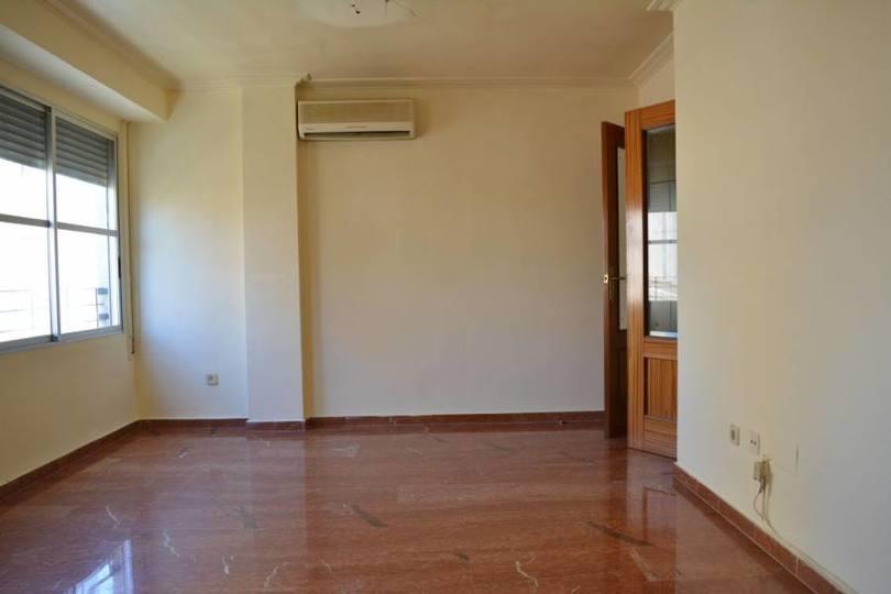 Elche,Alicante,España,3 Bedrooms Bedrooms,1 BañoBathrooms,Pisos,12532