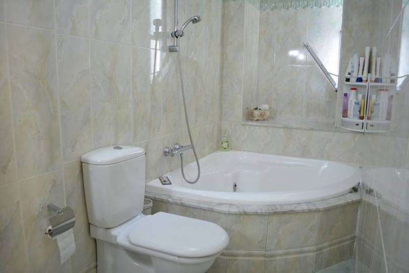 Elche,Alicante,España,4 Bedrooms Bedrooms,3 BathroomsBathrooms,Pisos,12535