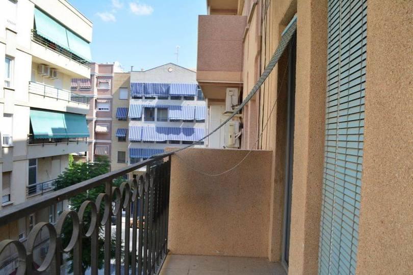 Elche,Alicante,España,3 Bedrooms Bedrooms,1 BañoBathrooms,Pisos,12544