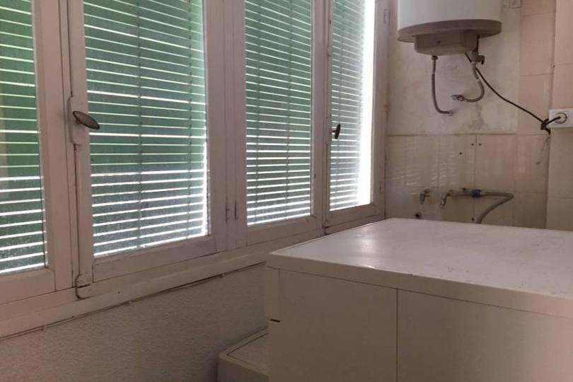Elche,Alicante,España,4 Bedrooms Bedrooms,1 BañoBathrooms,Pisos,12550
