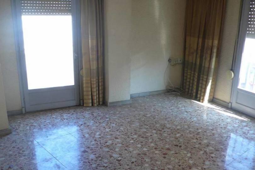 Elche,Alicante,España,3 Bedrooms Bedrooms,1 BañoBathrooms,Pisos,12552